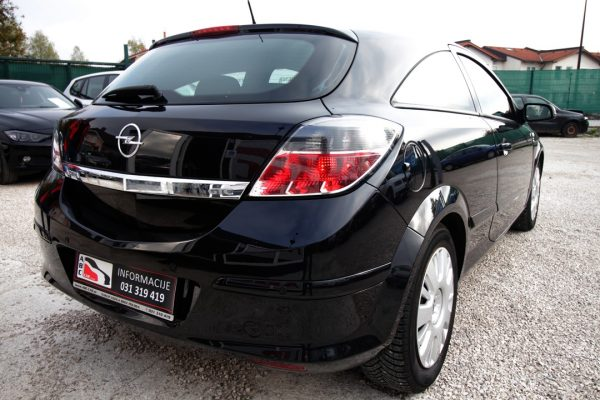 Opel Astra GTC 1.4 16V Enjoy – BREZ POLOGA – XENON